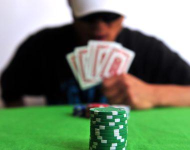 Le bluff, un art à maîtriser au Poker