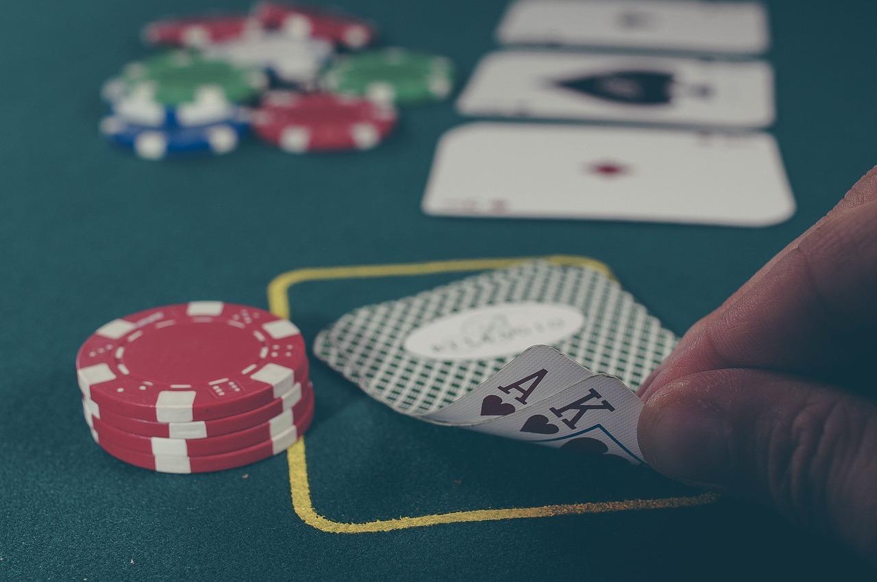 cards-1030852_1280
