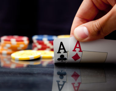 Comment miser au poker ?